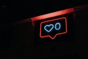 Illustration pour l'article de blog concernant les guides instagram : likes instagram.